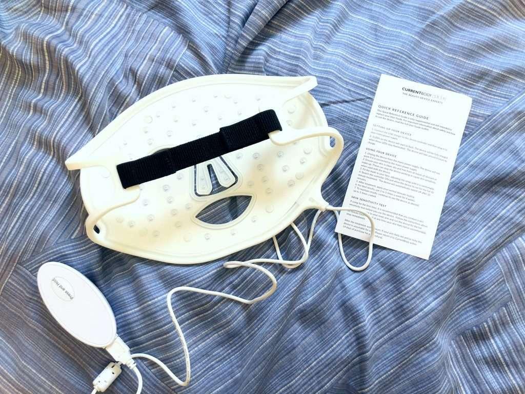CurrentBody Skin LED光療面膜美容儀組裝完成