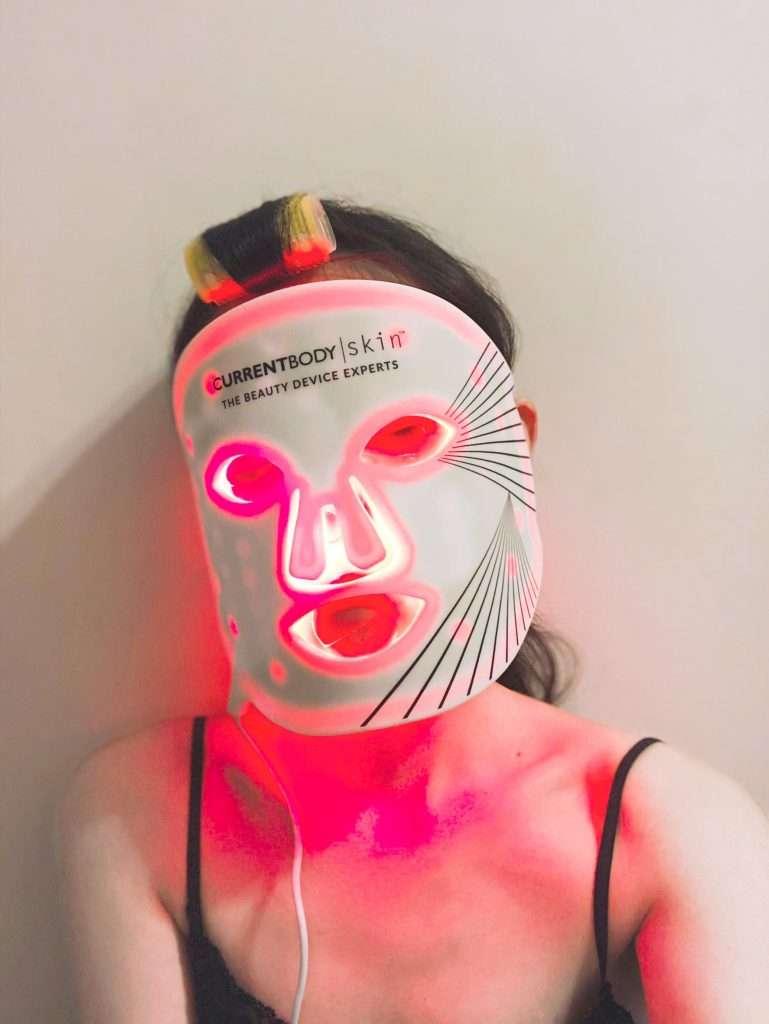 實際使用CurrentBody Skin LED光療面膜美容儀搭